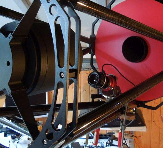 Kamera zur Beobachtung der Mitte des Sekundärspiegels